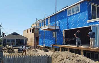 Current Ocean front House Lift moving right along